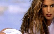 Pretty Cindy Crawford 2 Free Wallpaper