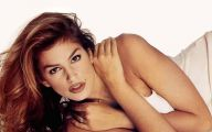 Pretty Cindy Crawford 37 Cool Hd Wallpaper
