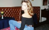 Pretty Cindy Crawford 4 Free Wallpaper