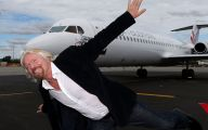 Richard Branson Successful Businessman 35 Background