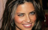 Adriana Lima 19 Desktop Background