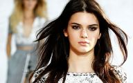 Kendall Jenner 43 Free Wallpaper