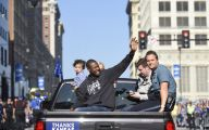 Royals Parade 10 High Resolution Wallpaper