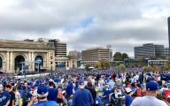 Royals Parade 21 Desktop Background