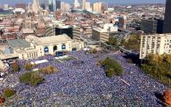 Royals Parade 25 Desktop Background