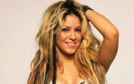 Shakira 19 High Resolution Wallpaper
