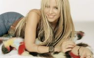 Shakira 22 Widescreen Wallpaper
