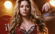 Shakira 28 Cool Hd Wallpaper