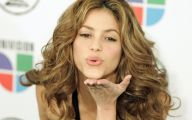 Shakira 37 Widescreen Wallpaper