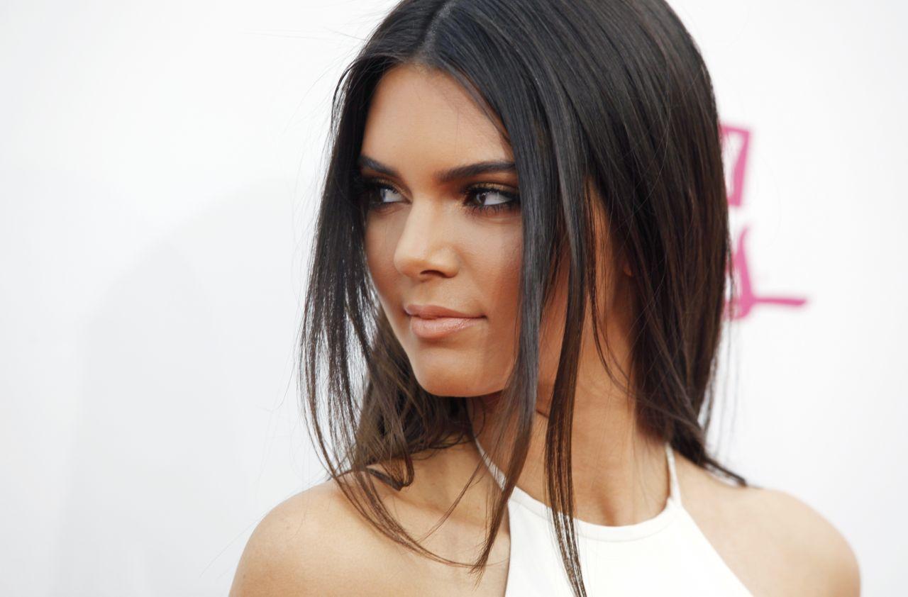 Kendall Jenner 10 Widescreen Wallpaper