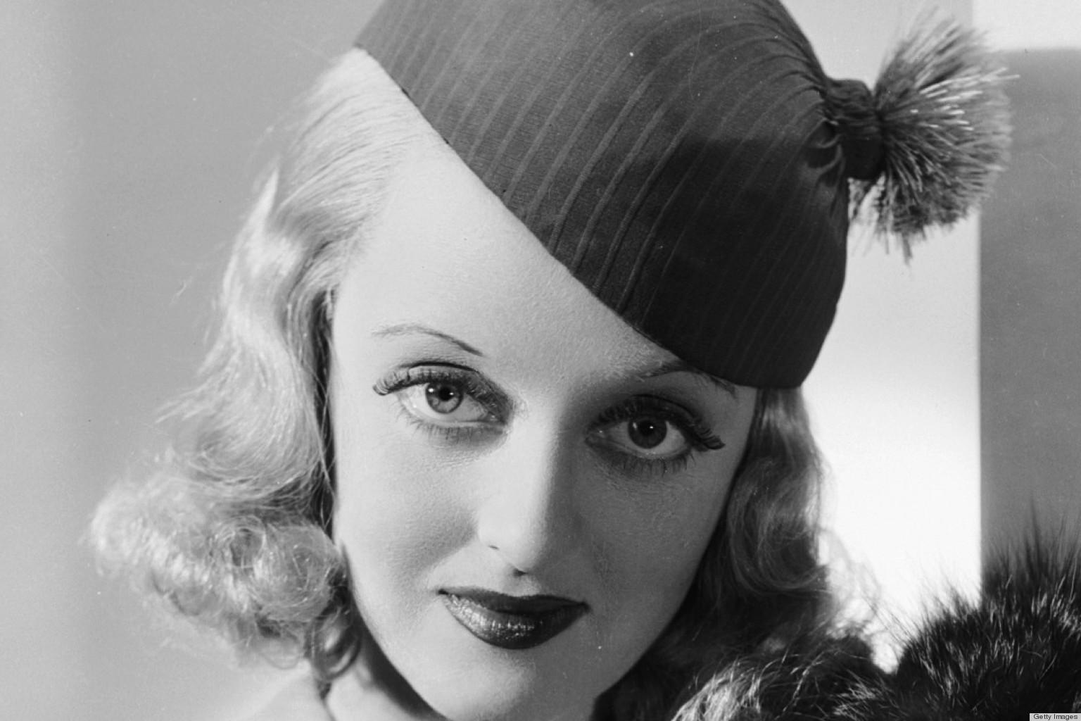 Bette Davis 34 Background Hot Celebrities Wallpapers