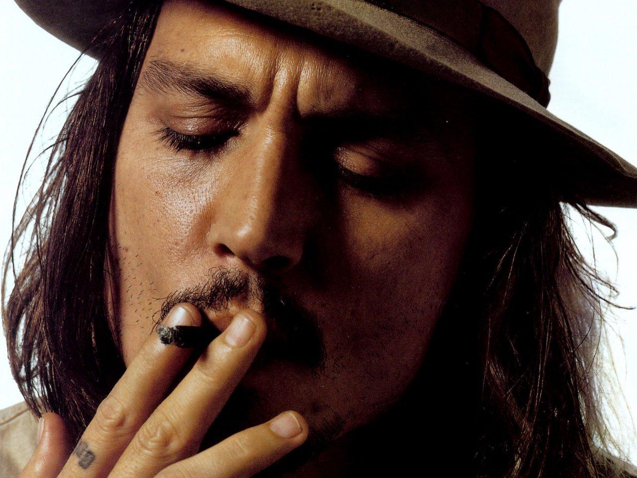 Johnny Depp 18 Desktop Wallpaper