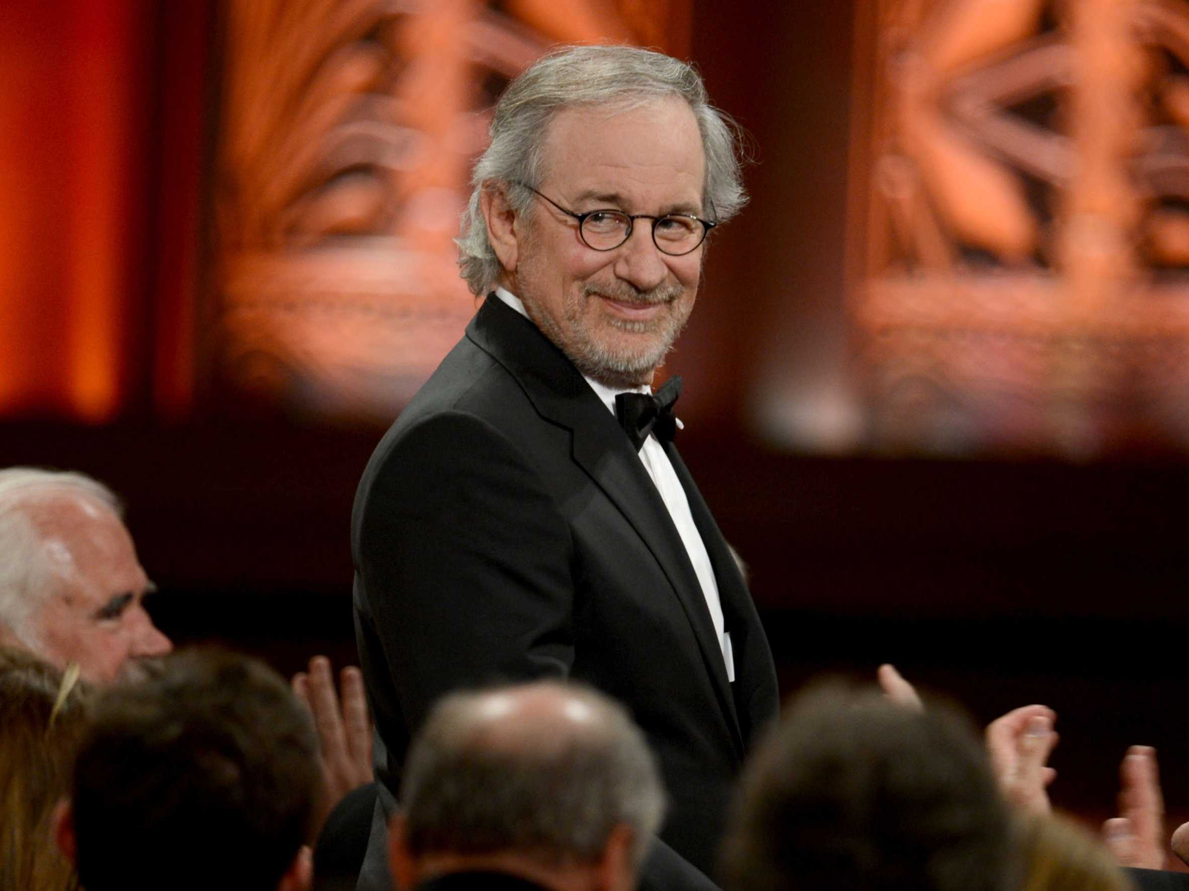 Steven Spielberg Movies 9 Background Wallpaper