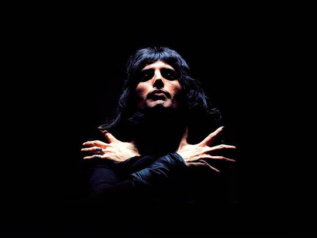 Freddie Mercury 26 Background Wallpaper