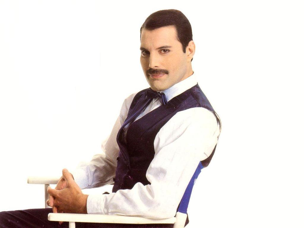 Freddie Mercury 31 Desktop Background