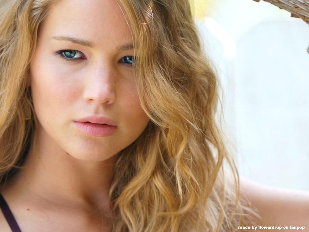 Jennifer Lawrence 7 Desktop Background