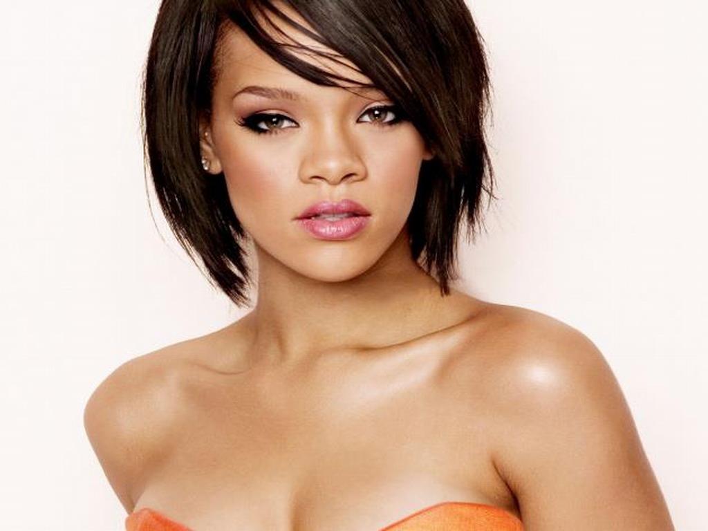 Rihanna 37 Widescreen Wallpaper