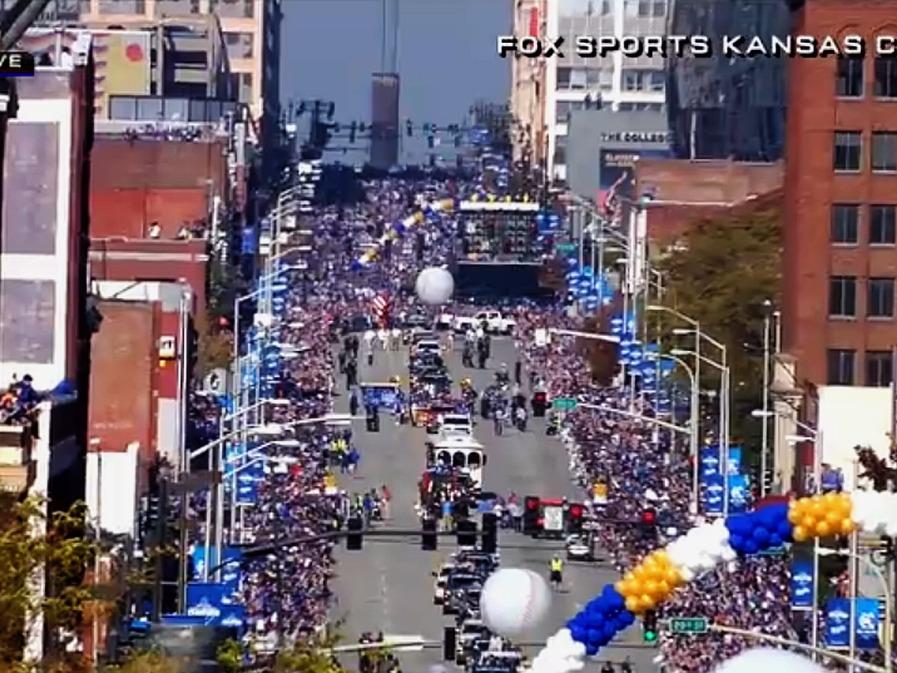 Royals Parade 33 Background