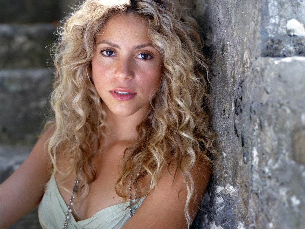Shakira 32 Cool Hd Wallpaper
