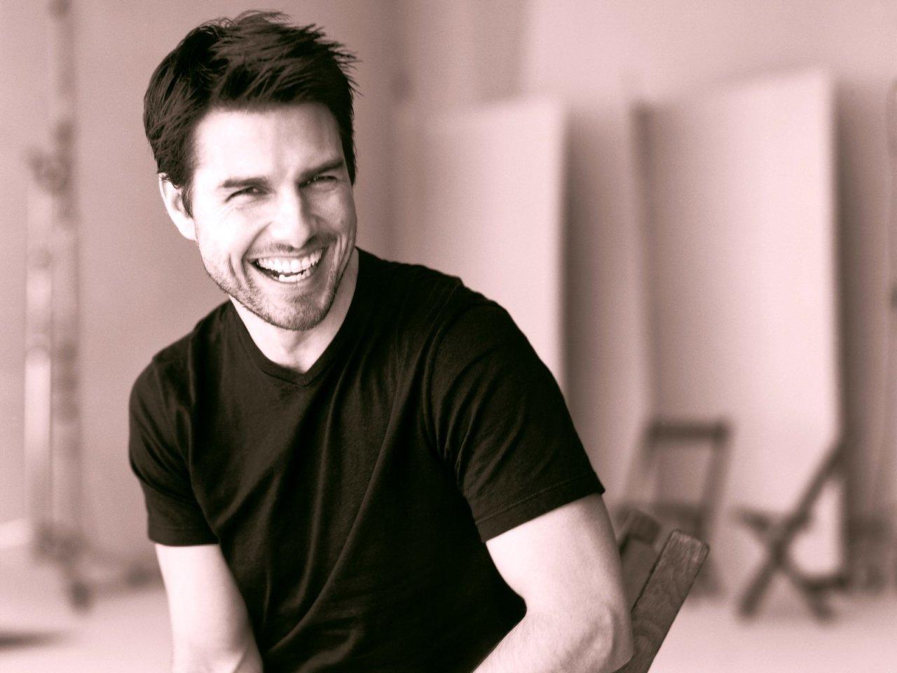 Tom Cruise 21 Desktop Wallpaper